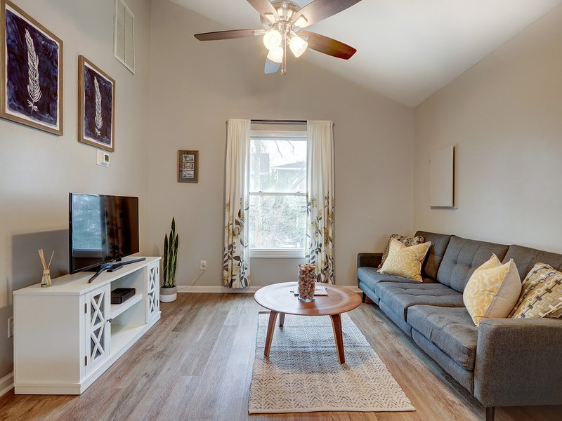 East Park Retreat Carriage, vacation rental in Thunderbolt