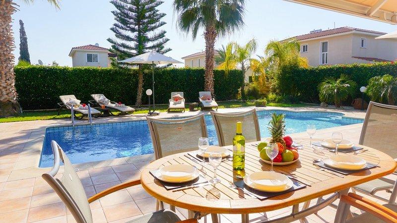 Villa Casa Mia -  Luxury and Spacious Villa with BBQ and Free UK Channels, 600, aluguéis de temporada em Coral Bay