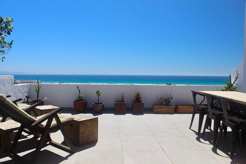 Beachfront Apartment - Los Lances, holiday rental in Tarifa