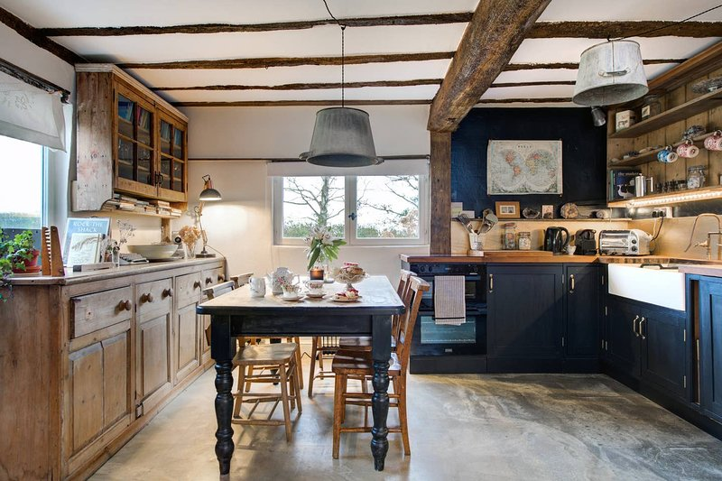 The Dairy, self-contained one bed cottage within a 15th century farmhouse, Ferienwohnung in Pettistree