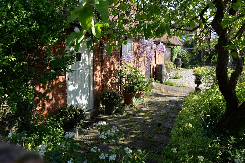 Vineyard Cottage, holiday rental in Wallingford