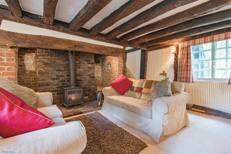 Walnut Tree Cottage, vacation rental in Stalisfield