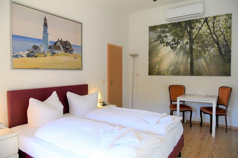 APPARTEMENT-VERMIETUNG BRUNNER Standardzimmer, holiday rental in Roggentin