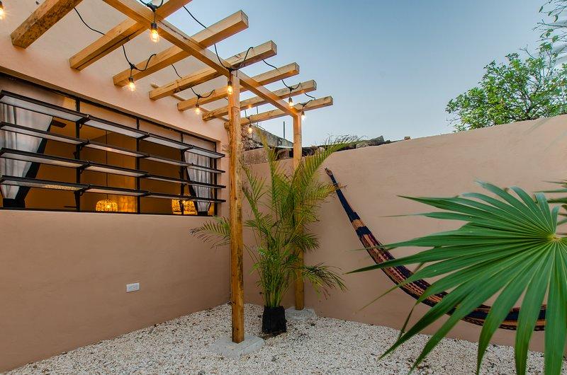 Casita 40- pequeña con estilo cerca del centro, vacation rental in Merida