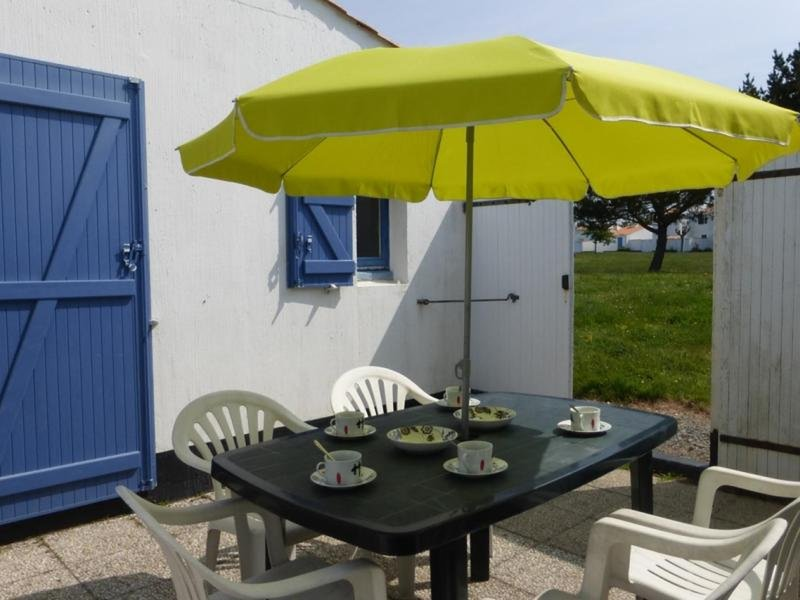 FERMES MARINES, holiday rental in Brem Sur Mer