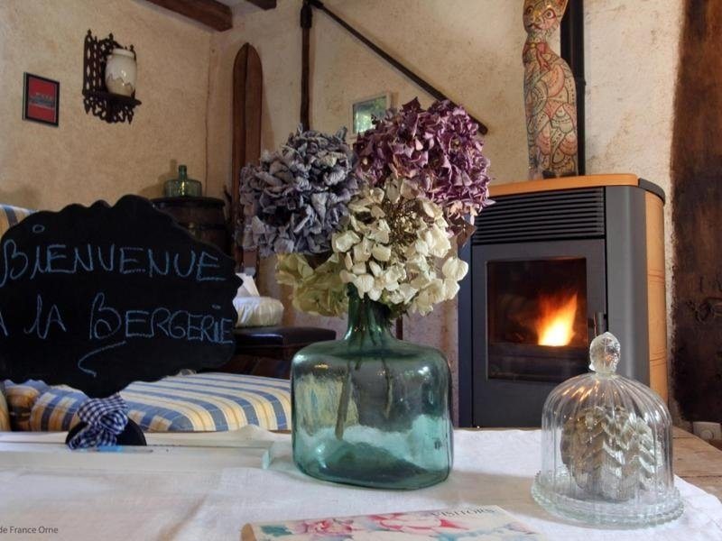 La Bergerie - Fuchsia, holiday rental in Menil-Hermei