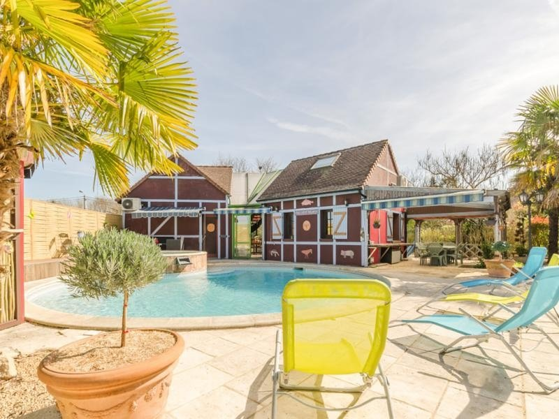 Le Tiki Beach, vacation rental in Clerey