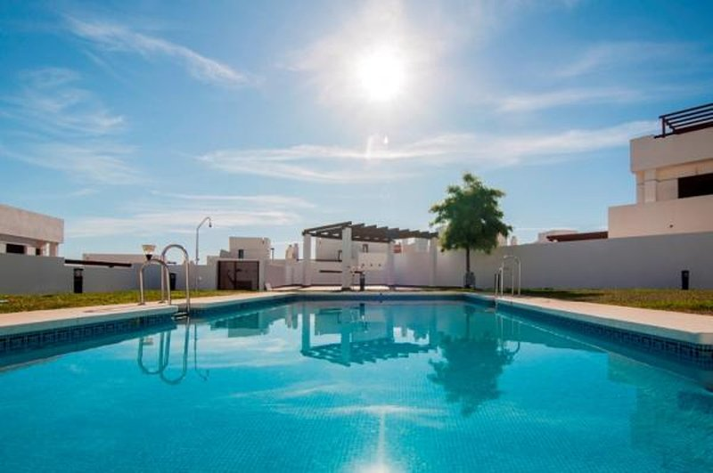 Beautiful house with fantastic views of the sea and the mountains, alquiler vacacional en Almayate Alto