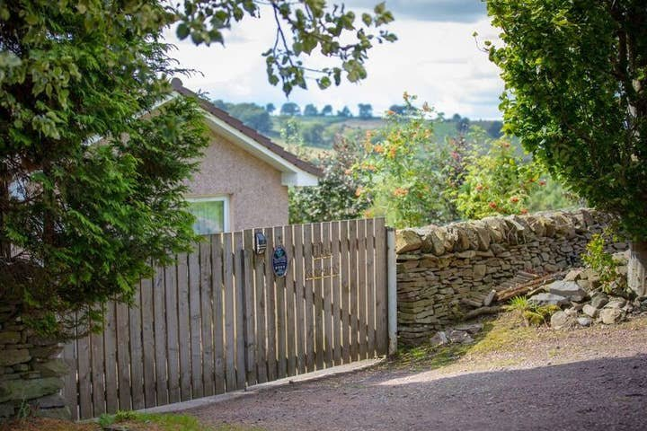 Self Catering Cottage in rural Lanarkshire, vacation rental in South Lanarkshire