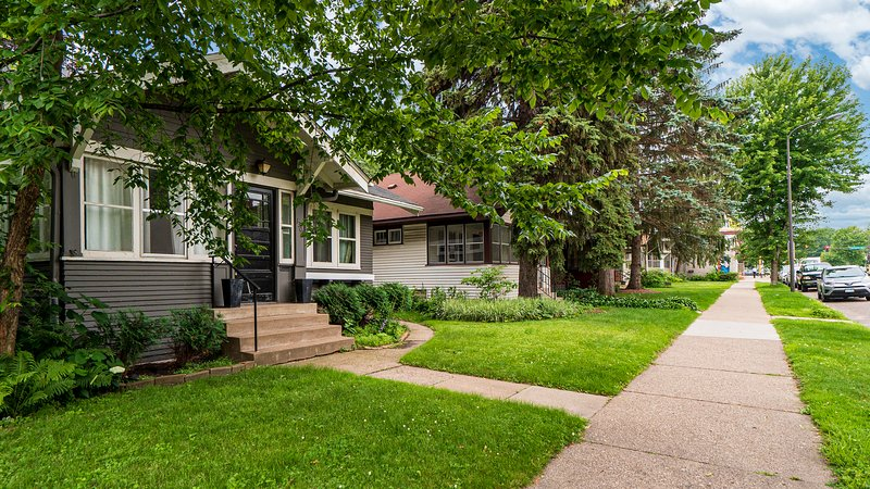 Grand Residence, vacation rental in Fridley