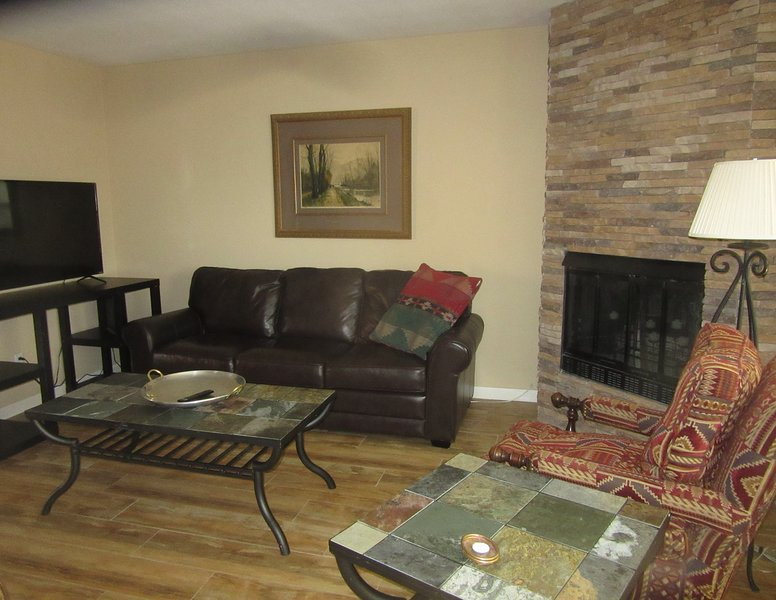 CATALINA FOOTHILLS NEXT TO ENCANTADA MALL, holiday rental in Catalina Foothills