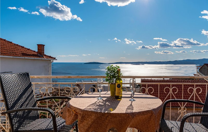Amazing apartment in Orebic with WiFi and 1 Bedrooms (CDP504), holiday rental in Mala Moravka