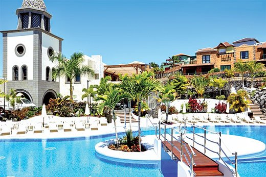 Resort villa with free A/C and WIFI, holiday rental in La Caleta