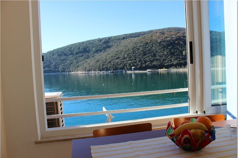 Holiday home 173331 - Holiday apartment 187377, location de vacances à Rabac