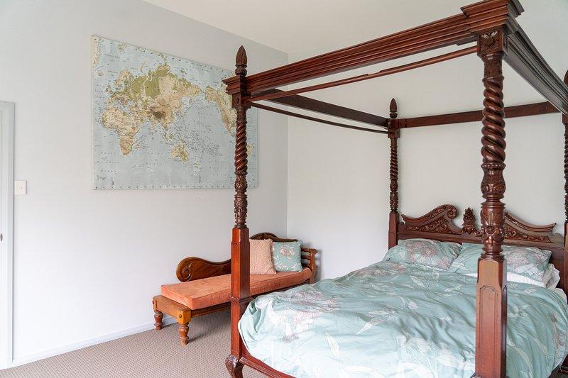 Gawler Townhouse 3 Bedroom, holiday rental in Rosedale