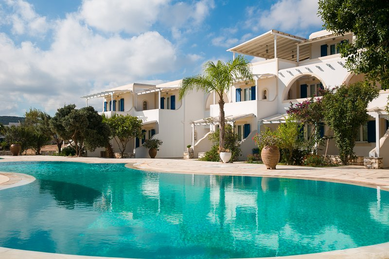Fyrogenis Palace is located in 8 acres land,all the room viewing to the sea, holiday rental in Ampelas