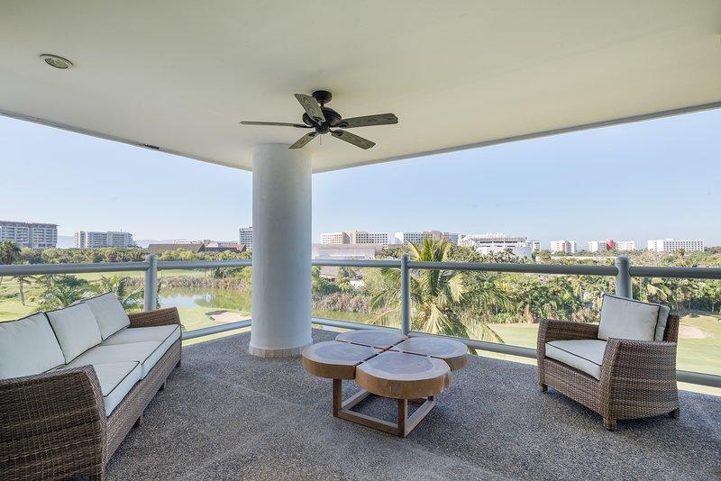 Condo 7 personas piscina Golf Seguridad Acceso a club de playa en Mayan Palace, location de vacances à Jarretaderas