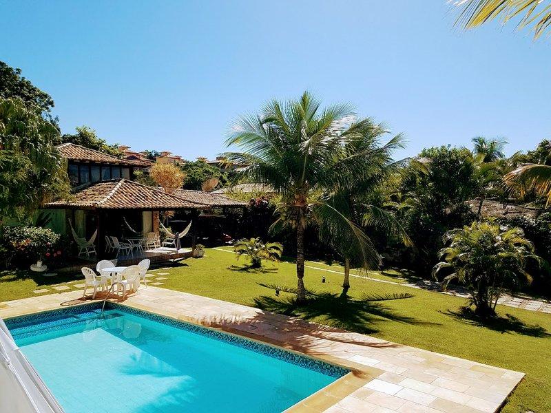 Linda casa na Praia da Ferradura (parte plana) 150 mts da praia, alquiler vacacional en Búzios