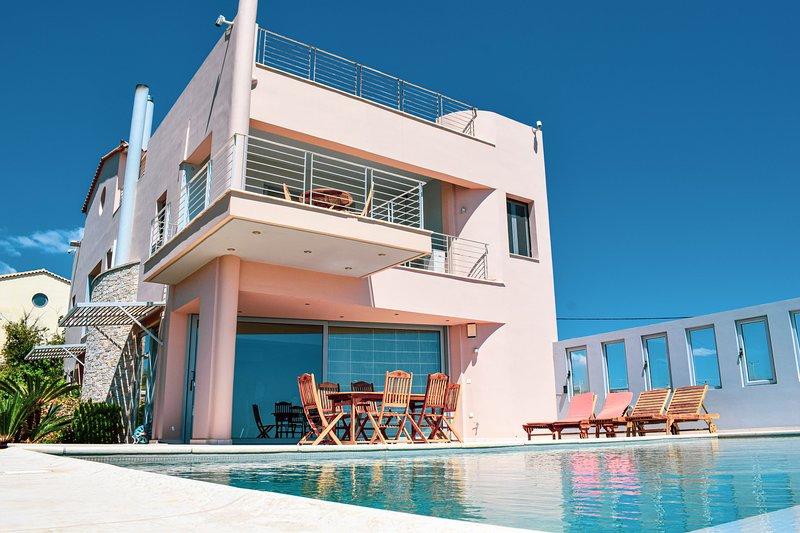 Diamond sea view Villa near Athens airport, vacation rental in Artemida