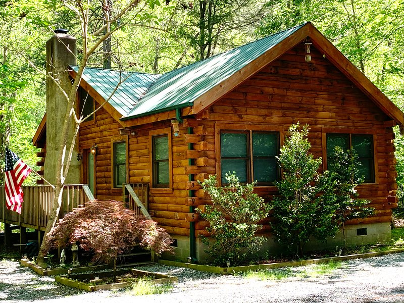 At Waters Edge, holiday rental in Chimney Rock