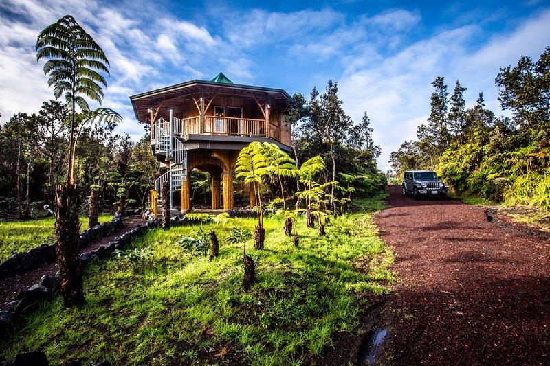 Big Island Bamboo Treehouse, alquiler de vacaciones en Parque Nacional de los Volcanes de Hawaii