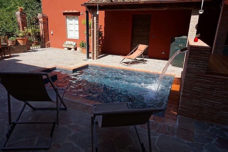 Appartamento indipendente all'interno di bellissima struttura di Bed & Bike, alquiler vacacional en Stabbiano