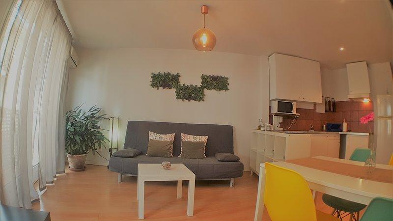 La Golondrina II Apartamentos, holiday rental in Villanueva de la Vera