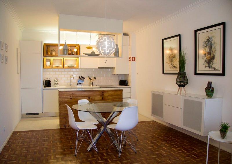 Brand new apartment in Costa da Caparica beach, alquiler vacacional en Costa da Caparica