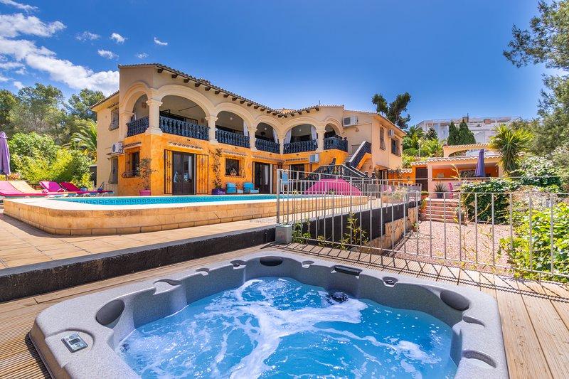 The Little Owls Villa - stunning, spacious villa with private pool and Jacuzzi, aluguéis de temporada em Moraira