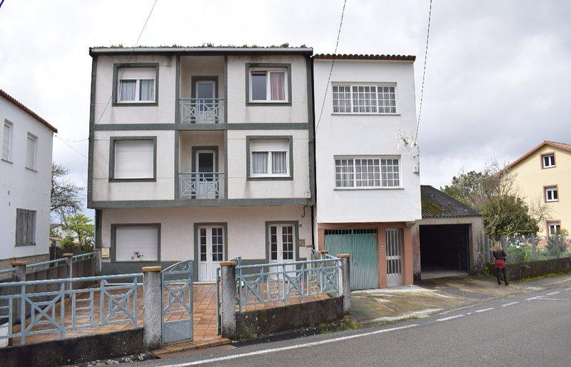 Casa BENE, holiday rental in Sierra de Outes