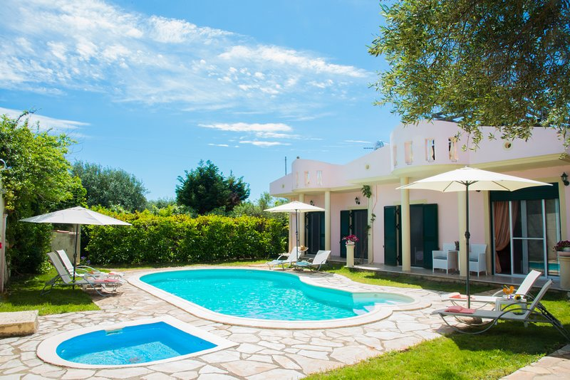 Villa Zaira, holiday rental in Halikounas