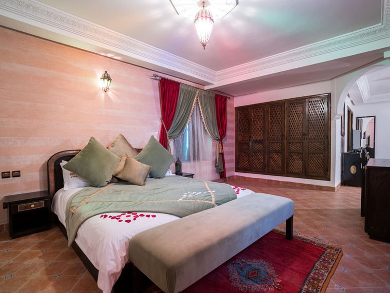 Suite Royale Ambassador - Jade, holiday rental in Aghmat