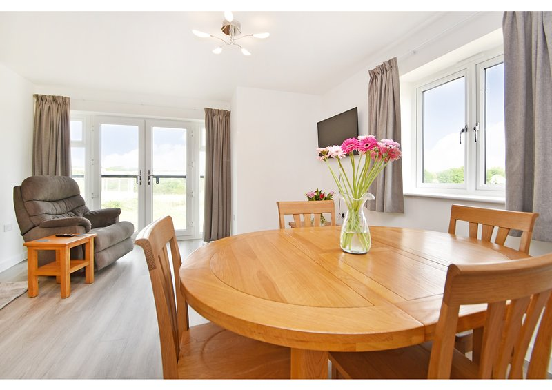 Ebbsfleet International Apartment - ⭐ ⭐ ⭐ ⭐ ⭐, location de vacances à Dartford