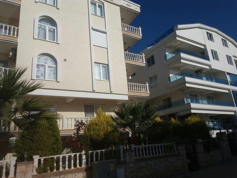 1 bedroom Apt in top location, close to sea (DM), location de vacances à Mavisehir