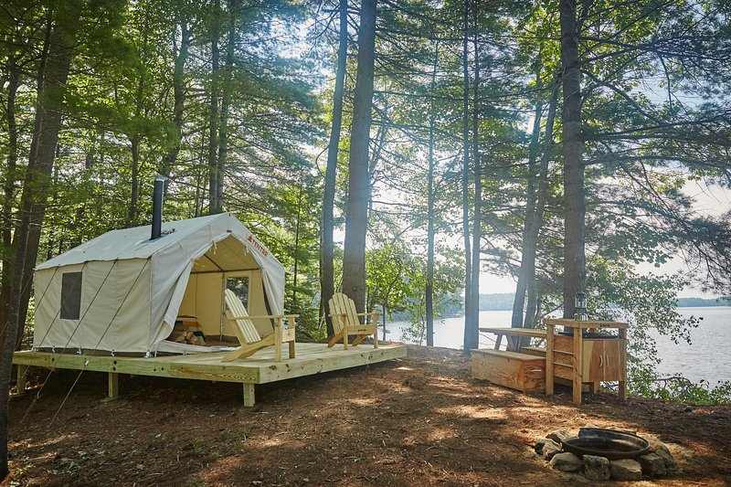Tentrr Signature Site - Slippery Rock Trails, LLC, holiday rental in Poland
