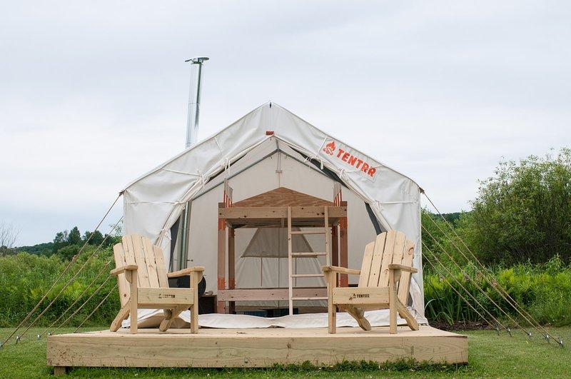 Tentrr Signature Site - Cooperstown Hops Retreat, alquiler vacacional en Richfield Springs