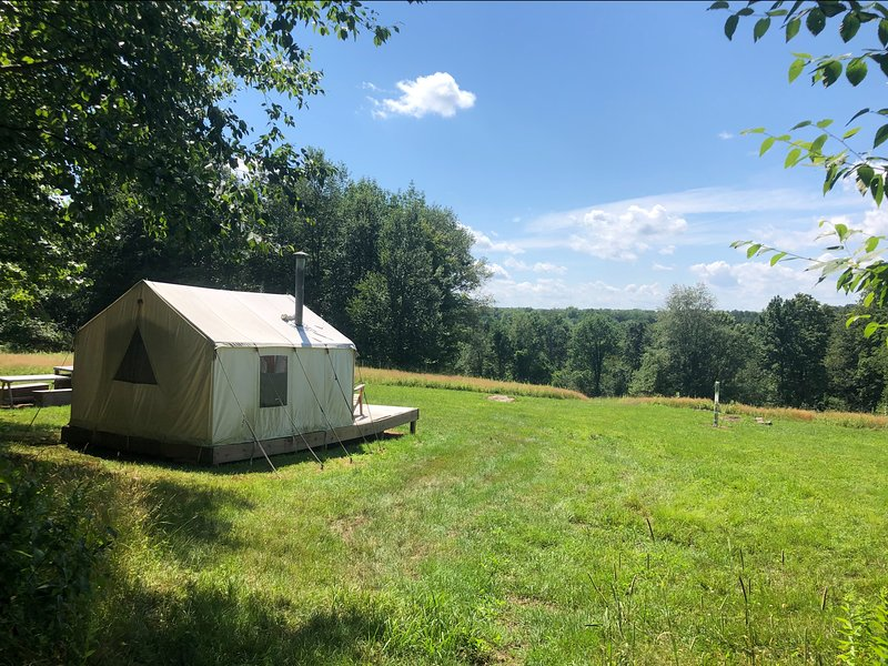 Tentrr Signature Site - Camp Sugarbush, holiday rental in Honesdale
