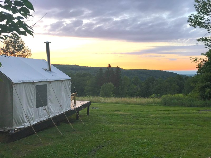 Tentrr Signature Site - Camp Clausen Farm, holiday rental in Canajoharie