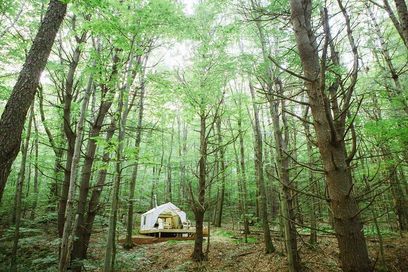 Tentrr Signature Site - Berkshire Mountain Hideaway, holiday rental in Lanesboro