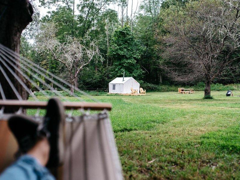 Tentrr Signature Site - Old Orchard Camp, location de vacances à Pine Bush