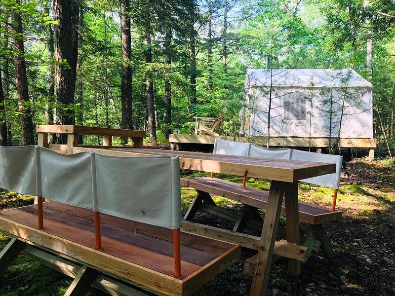 Tentrr Signature - Glen Falls House Resort   Cliffside Cantilever, casa vacanza a Haines Falls