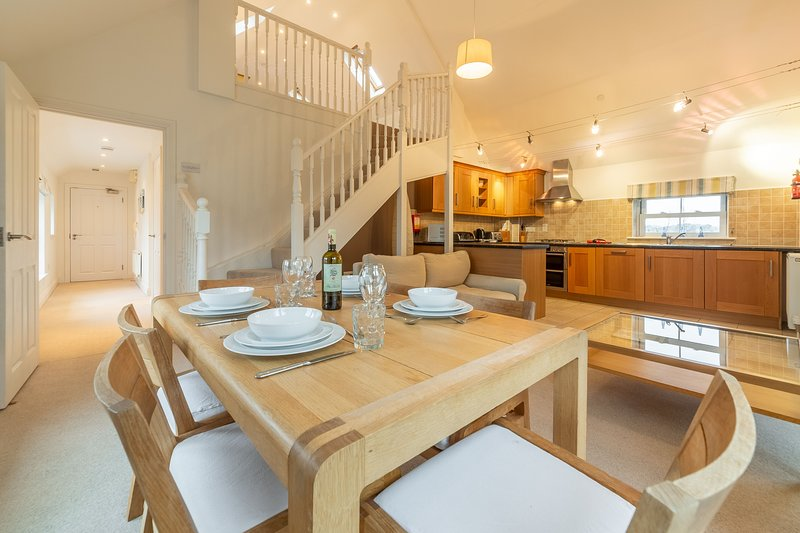 Saltings Loft Apartment 2, holiday rental in Hayle