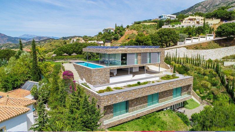 Cubo's Villa El Meandro, vacation rental in Mijas