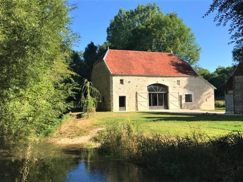 L'Atelier du Moulin, holiday rental in Foucheres
