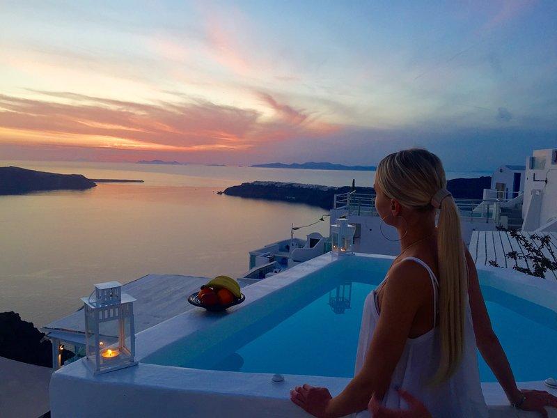 ZuziM Villa, Ferienwohnung in Santorin