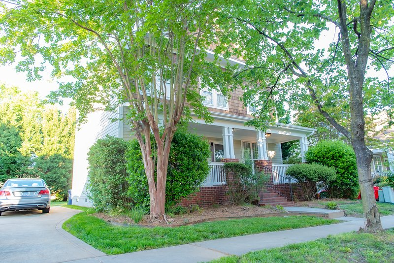 3 BR House in Birkdale Village,Close to Charlotte!, vacation rental in Huntersville