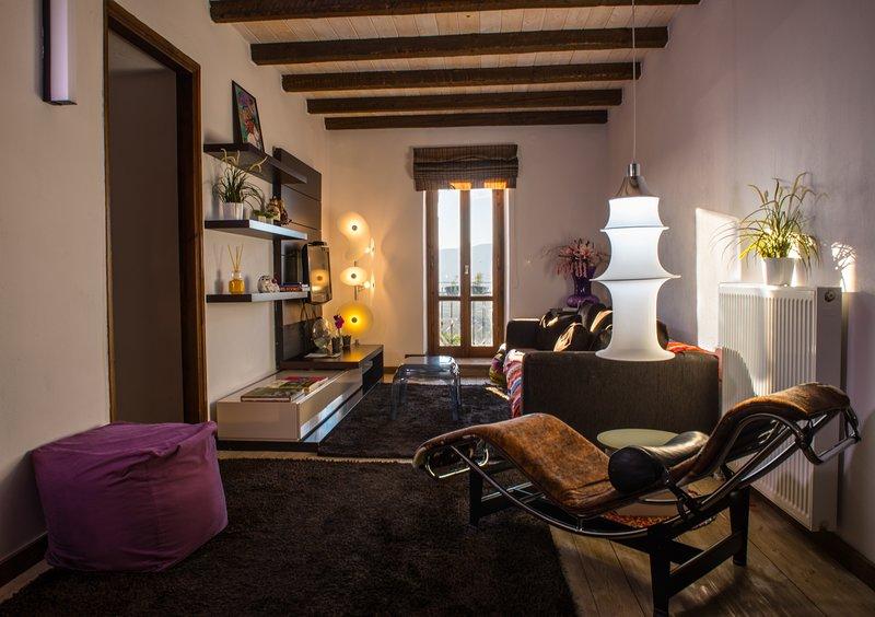 Snowpeak Chalet Archontiko - Premium Master Suite, holiday rental in Aristi