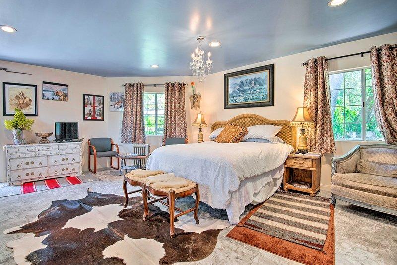 Malibu Mtn. Retreat - Elegant Equestrian Paradise!, casa vacanza a Thousand Oaks