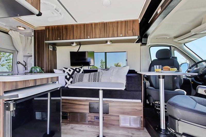 Hymer Caroda Banff Class B Motorhome, holiday rental in Meridian