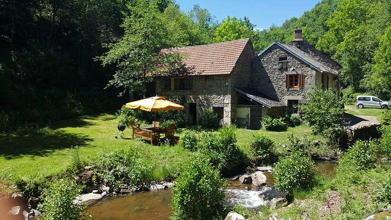 Watermill Moulin de Laval, location de vacances à Chapdes-Beaufort